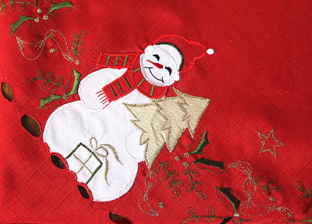 红色喜庆欧式圣诞风刺绣桌布