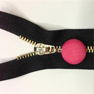 Button zipper pull head brass zipper