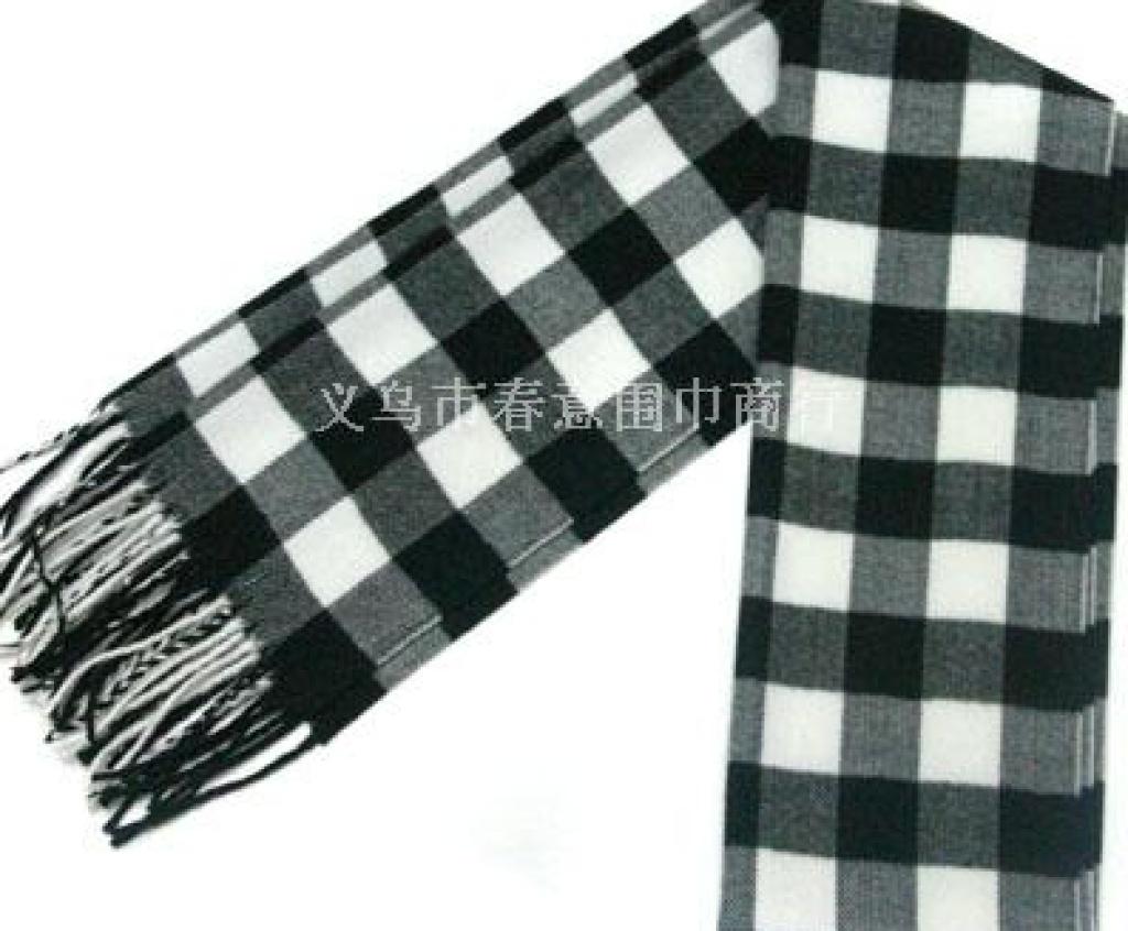 黑白色格子围巾