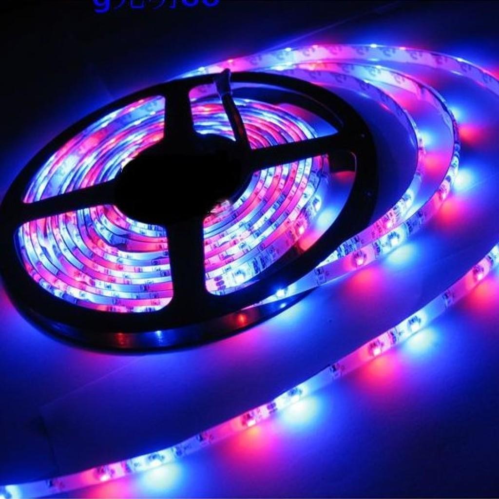 led灯带3528七彩灯带变色灯条跑马流水户外七彩闪光灯带