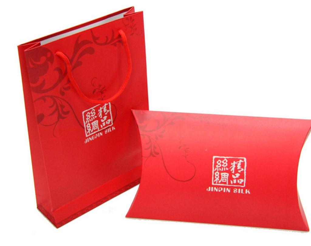 精品红色包装礼袋 礼盒 手提袋 围巾包装 批发