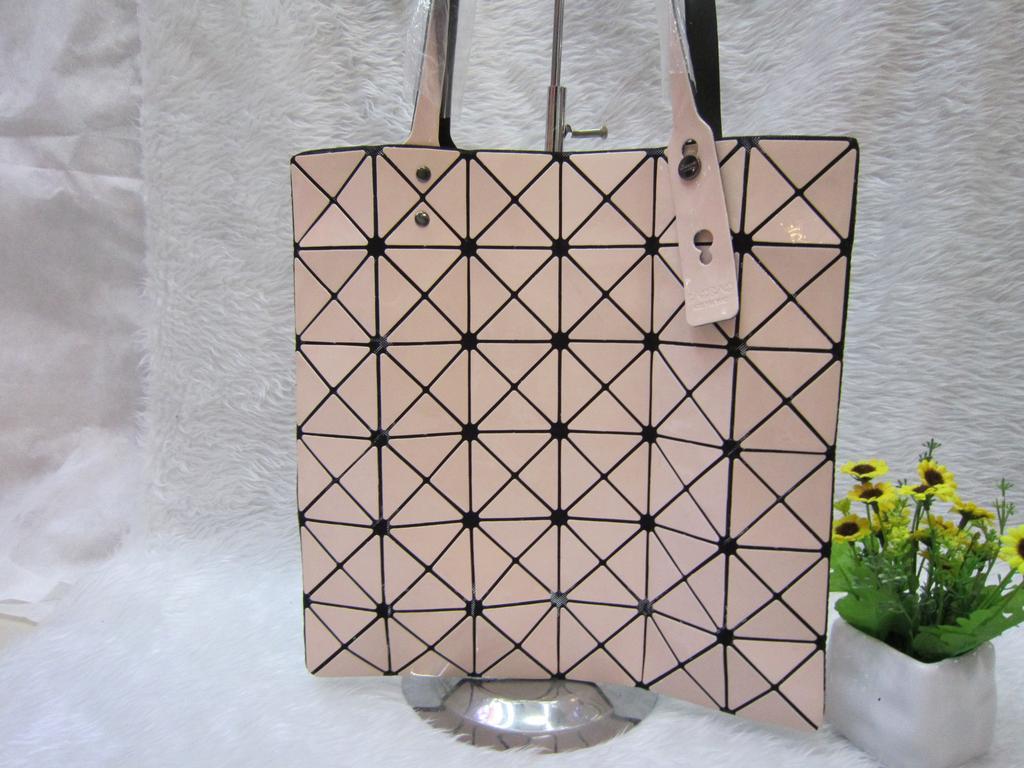 2015新款夏天女包 单肩手提镜面格子三角拼接菱格几何包