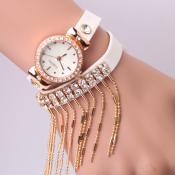 Korean New Winter Fashion retro pendant chain belt winding Watch Bracelet Watch Ms.