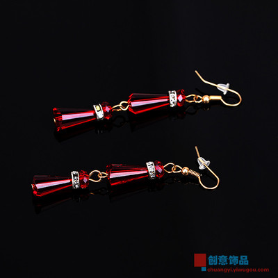 The geometry of red acrylic transparent crystal earrings earrings ear jewelry exaggerated female