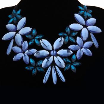 2015新款 欧美时尚玻璃假领 镂空花朵图案