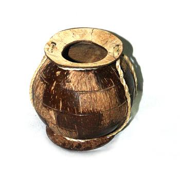 椰雕长城瓶 椰雕动物挂包 天然椰子壳经手工雕