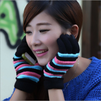 Autumn and winter fashion Korean Ladies anti jacquard needle touch screen gloves factory direct sales