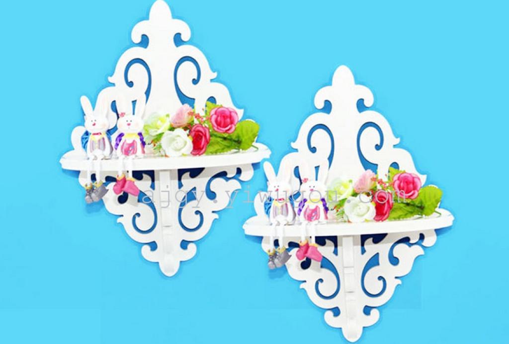 白色雕花镂空壁挂置物架