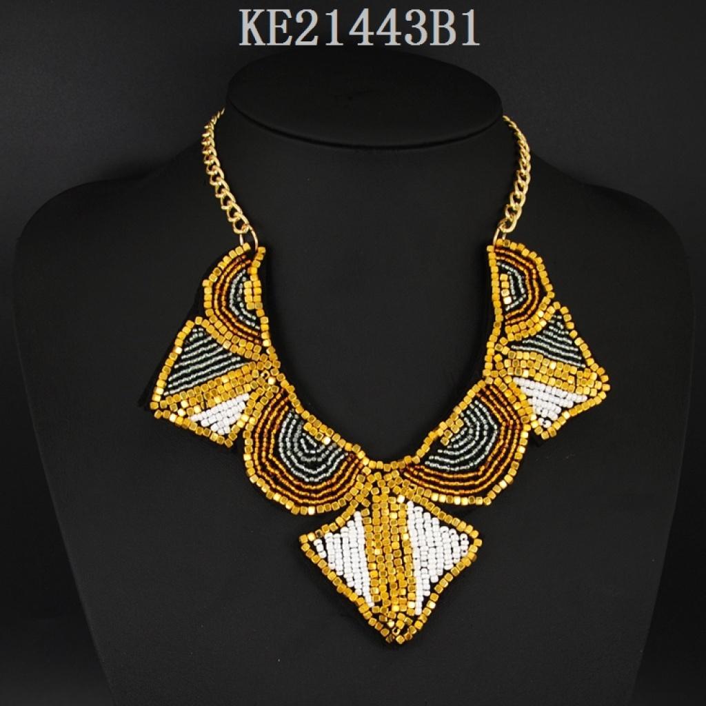 欧美流行饰品无纺布米珠编织项链