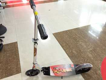 Maple scooter, children and adult scooters, folding scooter, bus scooter,