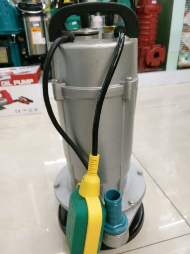 三合一水泵同程底滤设计图