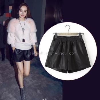 winter star Li Xiaolu with elastic waist leather pants leather shorts female