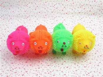 橡胶小狮子发光玩具动物儿童闪光球整蛊公仔 批发