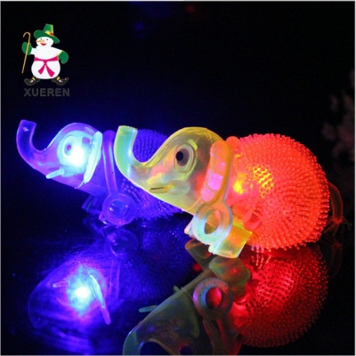 The new children's toys wholesale as light emitting whistle Nightlight whistle like children luminous toy animal