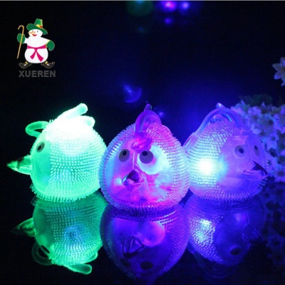The stall selling children's toys creative cute animal cartoon light massage ball ball of light special offer wholesale.