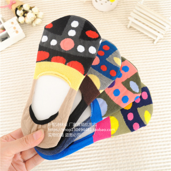 Ms. Yan national free point of Japanese Korean storm cotton socks silicone invisible socks