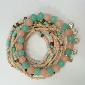Selling exquisite handmade beaded beads Korean multiple combination Bracelet manufacturers selling