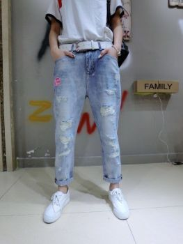 Jeans worn baggy pants nine labeling the main elements of paragraph 8526 [day] is Zhenzhen