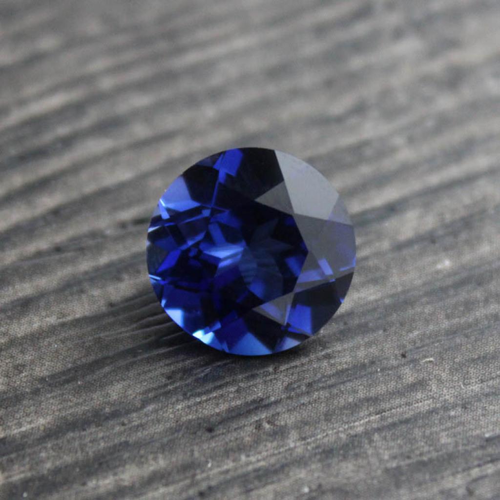 新疆托帕石裸石价格_蓝宝石裸石牌子哪个好 蓝宝石裸石2克拉怎么样