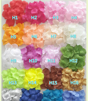 The rose petal wedding scene layout flower girl Sahua people hand throwing flowers artificial flowers