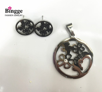 The export of stainless steel stainless steel jewelry openwork Pendant Earrings Set
