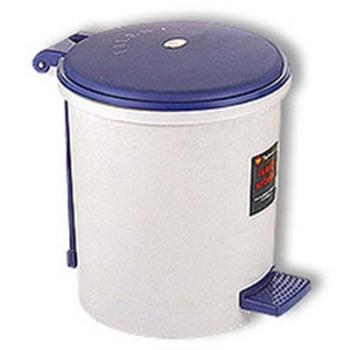 脚踏式垃圾桶原理:杠杆原理