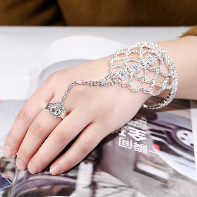 Europe and the United States foreign trade selling bridal jewelry upscale claw chain bracelet chain ring chain