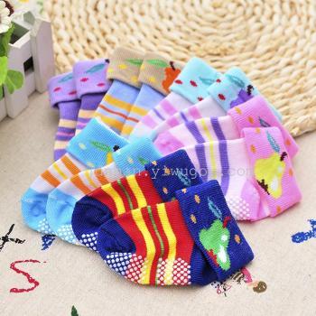 駿楠三雙一卡嬰兒襪卡通襪子兒童襪三雙裝襪子點膠款