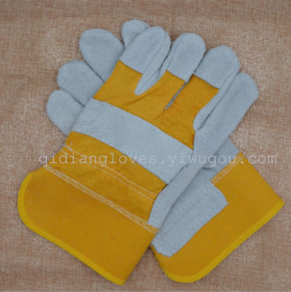 正规手套厂车间�_二层牛皮 短全掌 电焊手套 工厂车间焊工 劳保用品防护手套