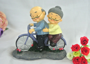 Creative Q version in a small bicycle resin decoration decoration decoration Home Furnishing style living room