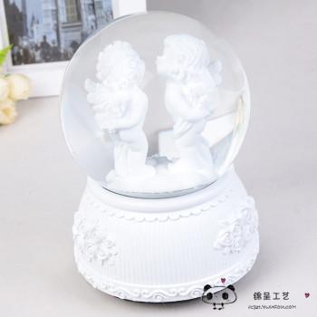 创意水晶球八音盒卧室摆设丘比特水晶音乐盒