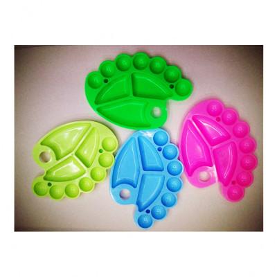 Plastic palette gouache color palette with small feet palette