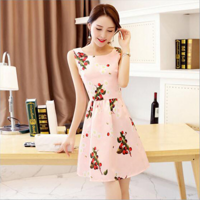 Long skirts in summer. The summer dress stitching slim sleeveless dress female