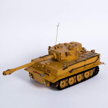 Armored vehicle model decoration crafts