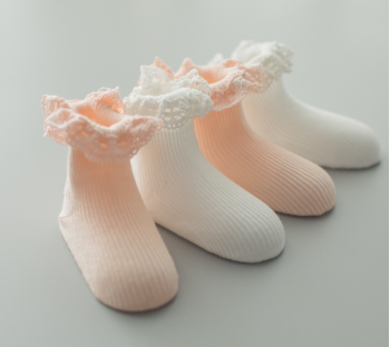 Autumn baby princess lace lace socks cotton socks children anti-skid floor socks.
