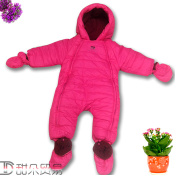 Baby clothes, baby clothes, baby clothes, 0-1 year old children go out to take the winter clothes