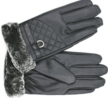 Man washed fur mouth warm gloves