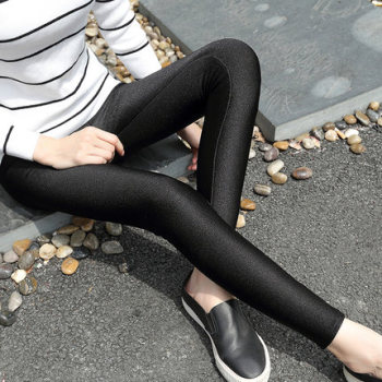 Di Baoli spring and autumn thin shiny pants female big yards nine points to play underwear