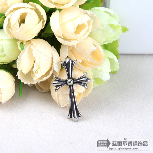 Stainless steel casting Crowley Heart Pendant fashion simple cross grams Luo Heart Pendant