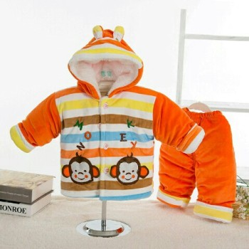 Baby clothes suit winter, boys and girls were also drilled with baby cashmere padded cotton padded jacket and trousers