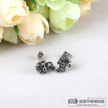 Retro titanium Skull Stud Earrings hypoallergenic fashion punk ear jewelry stainless steel