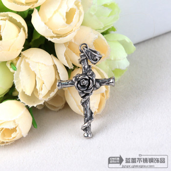Cross cut stainless steel pendant necklace pendant sweater chain