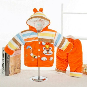 Autumn and winter men and women aged 0-1 baby infant clothes in winter coat suit children coat