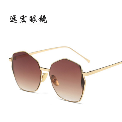 Retro fashion sunglasses men and women with the same paragraph of the multilateral Sunglasses