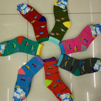 Manufacturers selling thick warm new winter 8 a 12 year old children terry socks