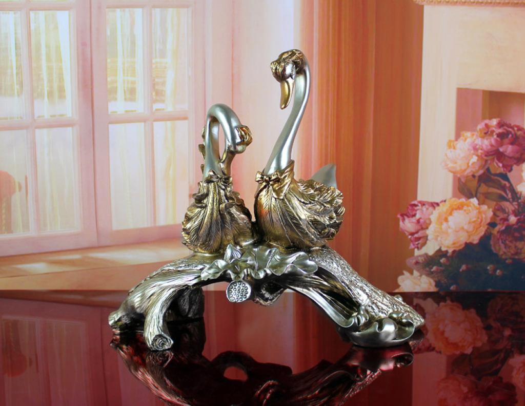 欧式情侣天鹅摆件家居装饰品 热卖送礼结婚礼物 创意摆设装饰