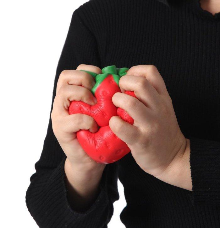 Squishy Toys Big W : Supply squishy Strawberry-