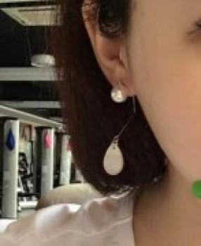 European minimalist retro folding White Shell Pearl Drop Earrings Ear line