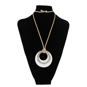 And the wind outside the small hollow box band silver drill long paragraph sweater chain necklace accessories