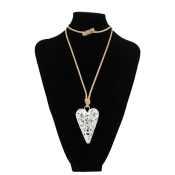 Silver hollow heart shape drill with small butterfly long paragraph sweater chain necklace